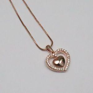 Beautiful rose gold heat necklace
